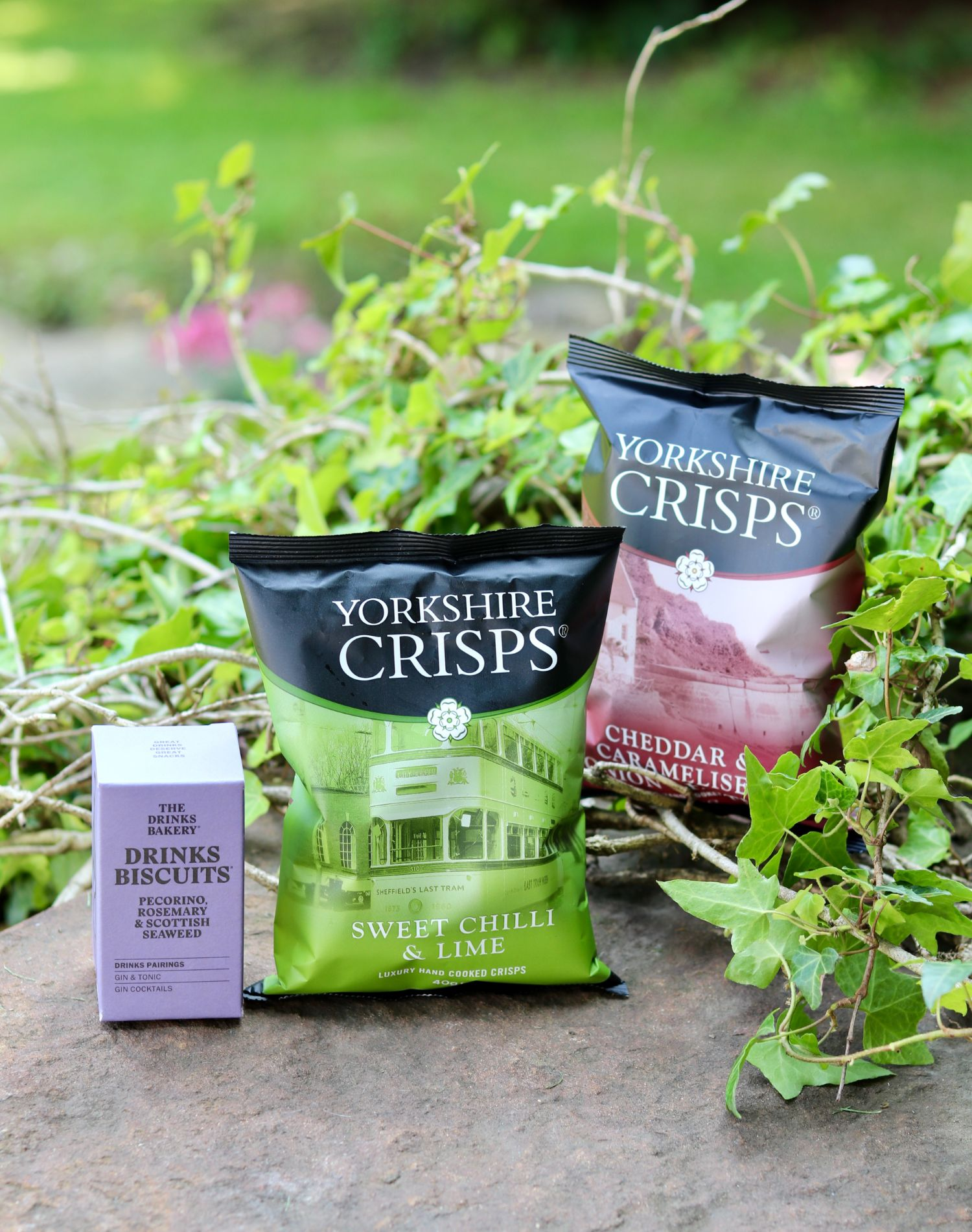 Hepple Gin Box luxury snacks – Drinks Biscuits and Yorkshire Crisps